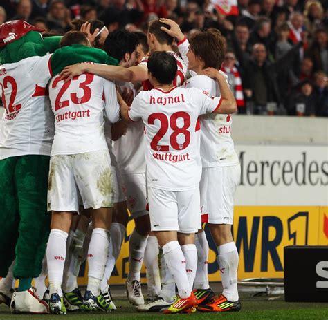 Erfolg Gegen Werder Vfb Stuttgart Dank Harnik Weiter Auf
