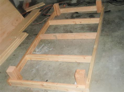building  pine twin bed