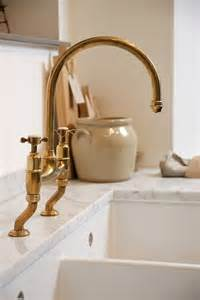 found the perfectly aged brass kitchen faucet taps