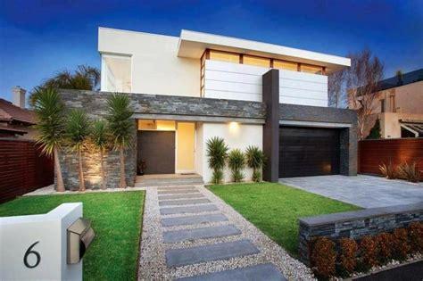 A Modern Front-yard For A Residential Landscape Design