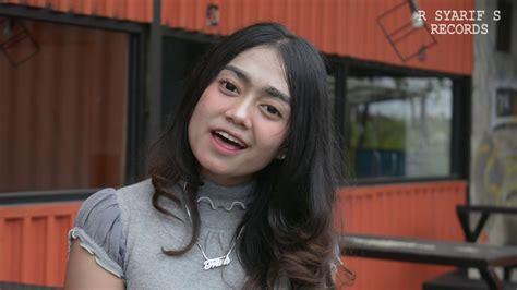 Karna Su Sayang Versi Batak (near Ft. Dian Sorowea)