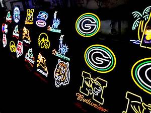 Wiki Neon Sign Blog NFL Green Bay Packers Football Beer
