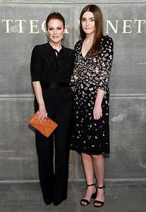 Julianne Moore Brings 15-Year-Old Lookalike Daughter as ...