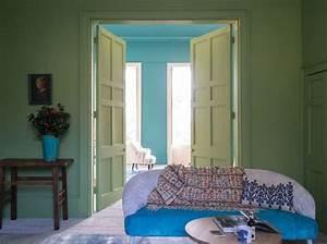 Couleur Qui Va Avec Le Bleu : quelles couleurs associer avec le vert elle d coration ~ Nature-et-papiers.com Idées de Décoration
