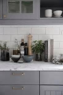 backsplash for kitchen countertops how to tile a kitchen backsplash diy tutorial sponsored 4252