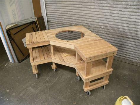 custom green egg corner grill table  design