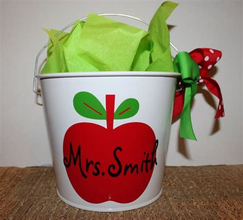 christmas craft ideas for teachers pin by cathy johnson on cricut projects