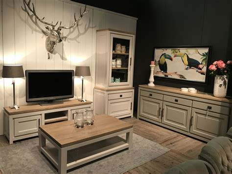 Cheap Living Room Wall Units by Modern Living Room Wall Units Of Class And Pizzazz