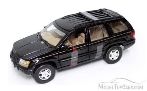 toy jeep cherokee jeep grand cherokee suv black motormax 73123 1 18