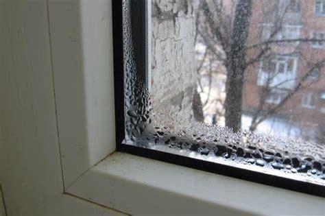 Что сделать если запотевают деревянные окна