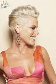 Pink Singer Alecia Moore Short Hair