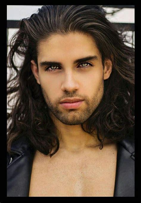 Pin by Mish Sublett on Men: Long hair   Long hair styles ...