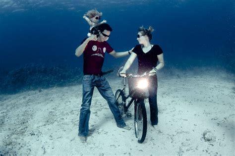 photographer lia barretts surreal underwater
