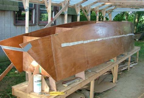 building the w17 hull part 1