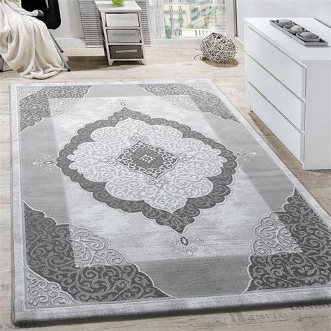 teppich in grau teppich wohnzimmer ornament abstrakt grau design teppiche