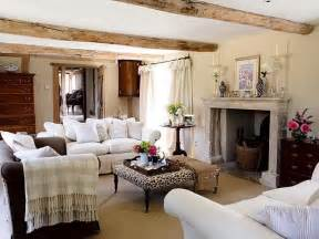 wohnzimmer streichen landhausstil tuesday ten farmhouse inspired decor sweet caroline richmond lifestyle