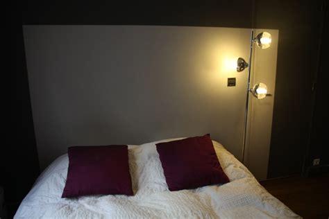 chambre aubergine chambre gris et aubergine maison design modanes com