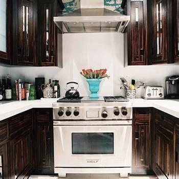 Brown Kitchen Cabinets Design Ideas
