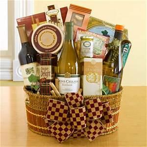 Top 5 Christmas Wine Gift Baskets Ideas by yummyyum