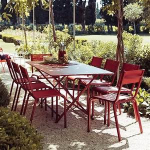 Fermob Salon De Jardin : salon de jardin fermob 8 pers 1 table cargo 8 chaises ol ron gamm vert ~ Teatrodelosmanantiales.com Idées de Décoration