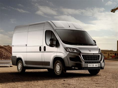 peugeot boxer  bluehdi update  generation