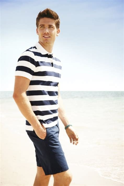 24 Cool And Relaxed Beach Men Outfits - Styleoholic
