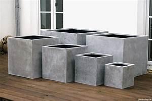 Pflanzen Kübel Beton : pflanzk bel blumenk bel pflanzgef sse in beton oder sandsteinoptik ~ Markanthonyermac.com Haus und Dekorationen