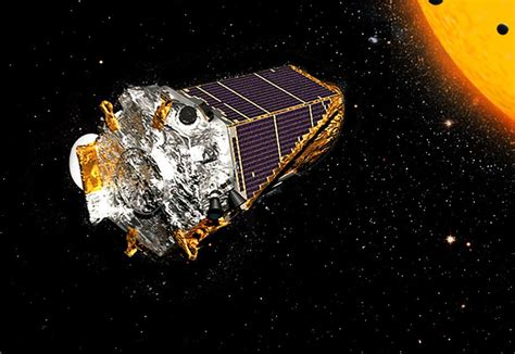 NASA's Kepler probe suspends planet hunt as fuel runs near ...