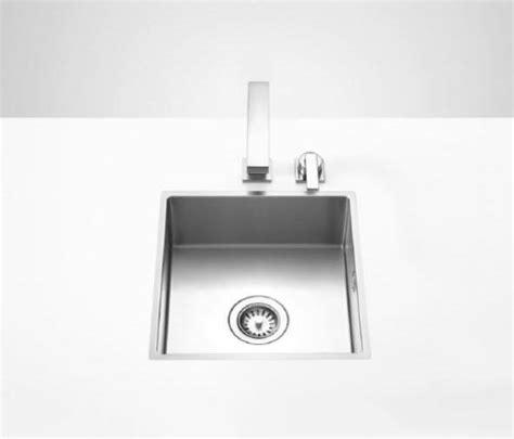 what are the best kitchen sinks water units single sink kitchen sinks from dornbracht 9615
