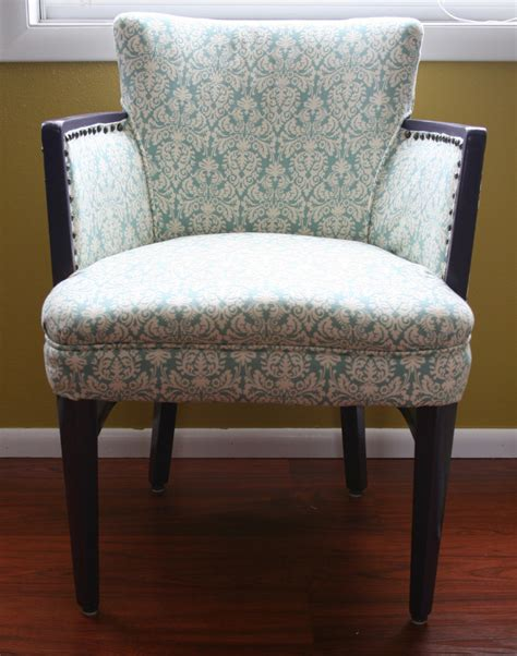 reupholster a chair i create it chair reupholstering tutorial