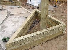 How to Build Triangular Planter Boxes howtos DIY