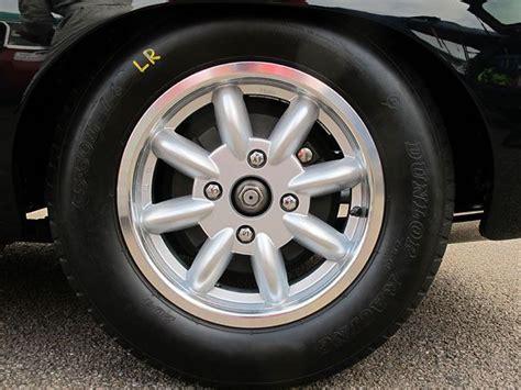 Dunlop Racing Cr65 204 Mark Ii (5.50l-14) Tyres.