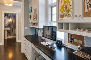 Mudroom hallway mom & kids desk - Traditional - Home