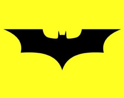 Henry Cavill Superman Wallpaper El Logotipo De Batman Atraviesa El Tiempo