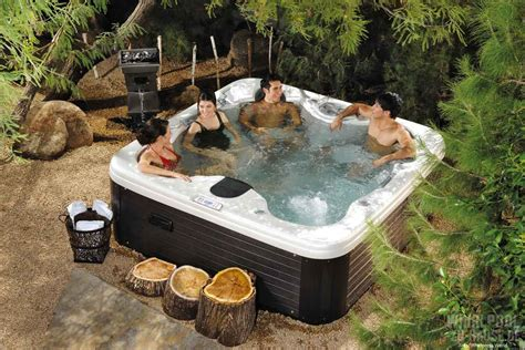 Whirlpool Garten Versicherung alarm ber 252 hmt whirlpool im garten whirlen freien