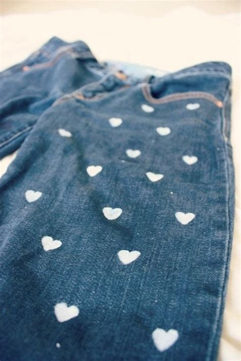 diy heart patterned jeans   paint  pair  painted