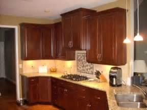 Kitchen Cabinet Hardware Ideas Pulls Or Knobs by Kitchen Cabinet Pulls And Knobs Cabinet Door Knobs