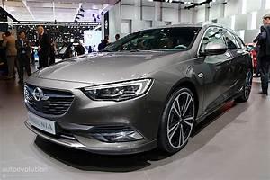 Opel Insignia Sports Tourer Zubehör : second generation opel insignia showcased in geneva its ~ Kayakingforconservation.com Haus und Dekorationen