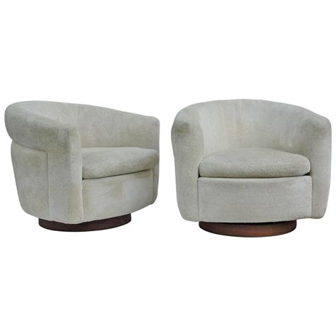 milo baughman swivel chairs for thayer coggin at 1stdibs