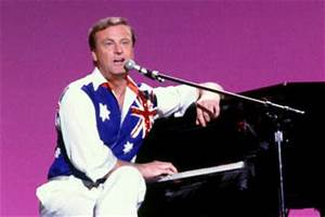 SUPER HOLLYWOOD: Peter Allen