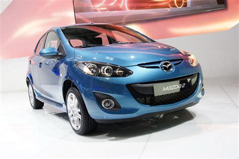 what make is mazda paris show mazda2 facelift makes euro debut