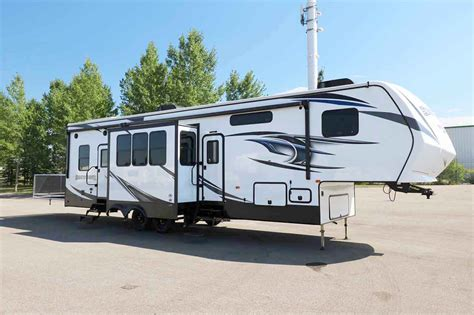 new 2017 k z fifth wheel trailer in alberta