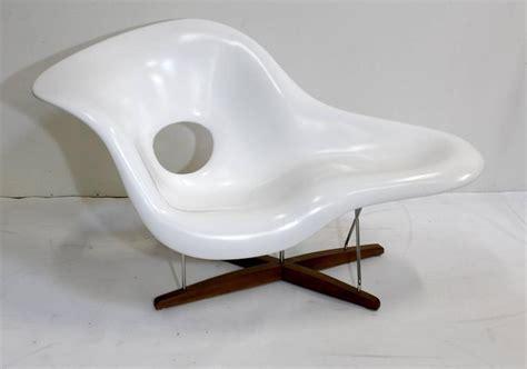 vitra chaise eames vitra white la chaise chair at 1stdibs