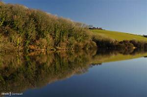 Porth Reservoir Circular Walk