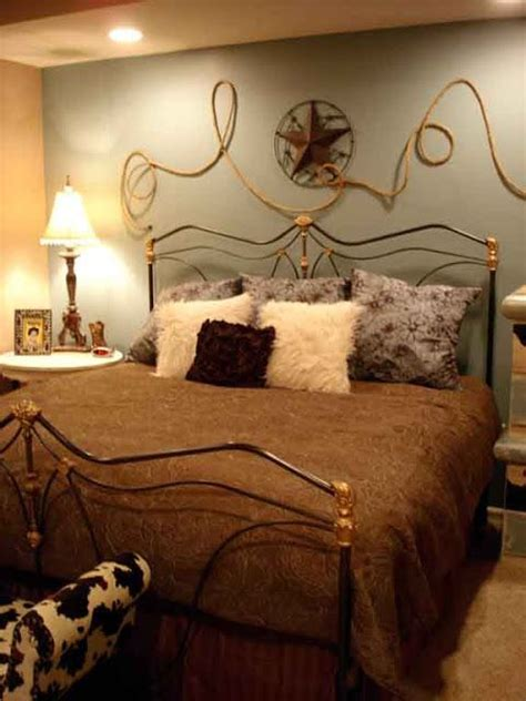 cowgirl bedroom decor ideas   pinterest cowgirl room western  western crafts