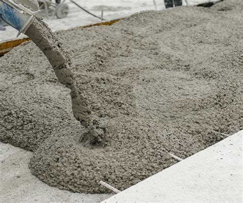 pictures of concrete pouring concrete in winter