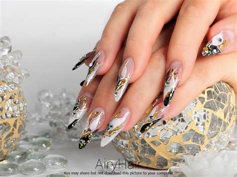 Luxury Nail Art Design : 10 Amazing Nail Art Manicure Examples