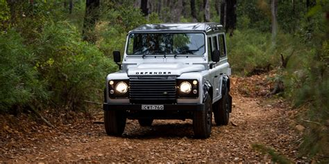 land rover defender 2015 4 2015 land rover defender 110 review caradvice