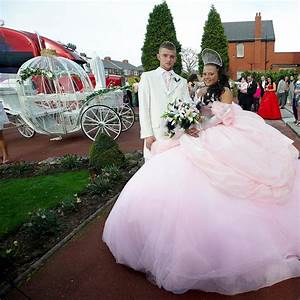 Bride designs her own gbp6000 dress at the 39big fat gypsy for My big fat gypsy wedding dresses