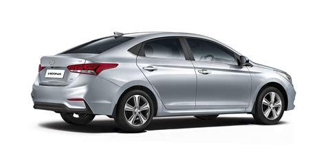 New 2017 Hyundai Verna vs Old Model Comparison - Price ...